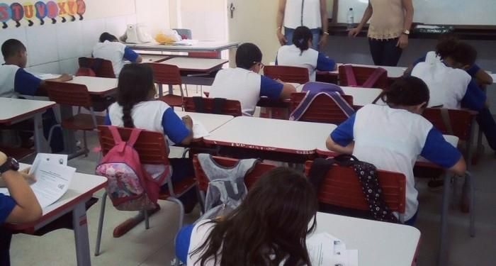 APAN -  Escolas Municipais aplicam Avaliação Padronizada