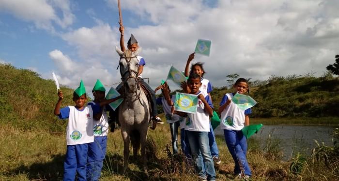 Escolas municipais realizam atividades cívicas em homenagem ao 07 de setembro