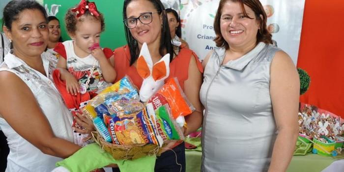 Usuárias do CRAS ganham festa em comemoração à Páscoa