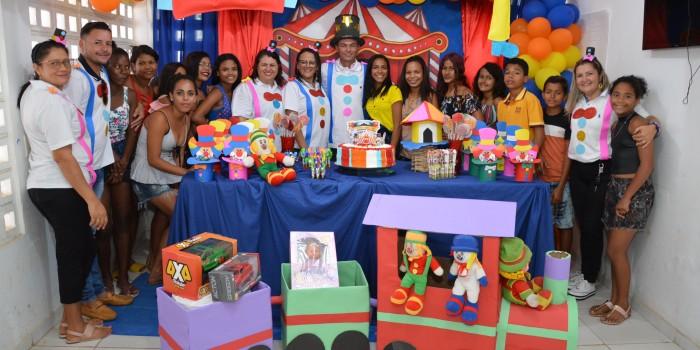Assistência Social leva mundo encantado do circo para a criançada assistida pelo SCFV/CRAS