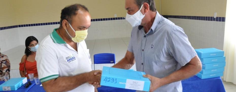 Saúde entrega tablets para agentes comunitários e implanta Prontuário Eletrônico em todas as unidades