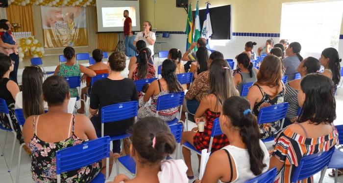 Secretaria de Saúde promove ações de conscientização alusivas ao Agosto Dourado