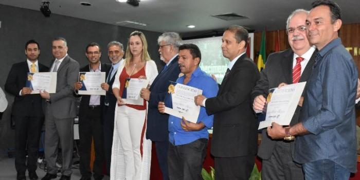 Prefeito Celino Rocha participa de solenidade de reconhecimento por encerramento do lixão a céu aberto