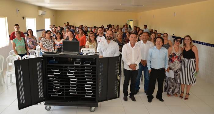 Projeto Educa Anadia reúne estudantes e profissionais da área para um dia de aprendizado e educação digital