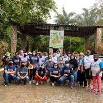 Assistência Social promove passeio ao parque municipal para grupo de idosos do CRAS