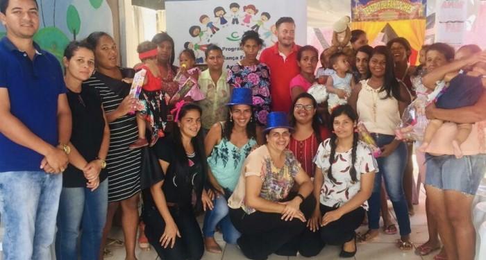 Palestra marca encontro com as gestantes atendidas pelo programa Criança Feliz