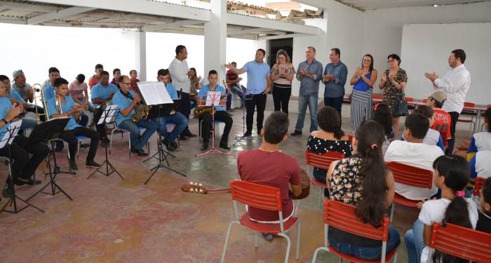 Aula inaugural marca abertura da Escola de Música José Miguel de Oliveira