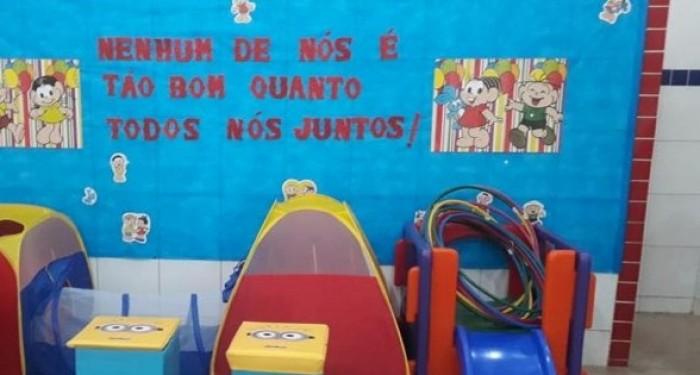 Prefeito Celino Rocha realiza entrega de brinquedos educativos para Creche Rita Barros