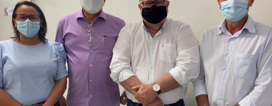 Prefeito Celino Rocha garante Caravana RG na mão para o mês de agosto
